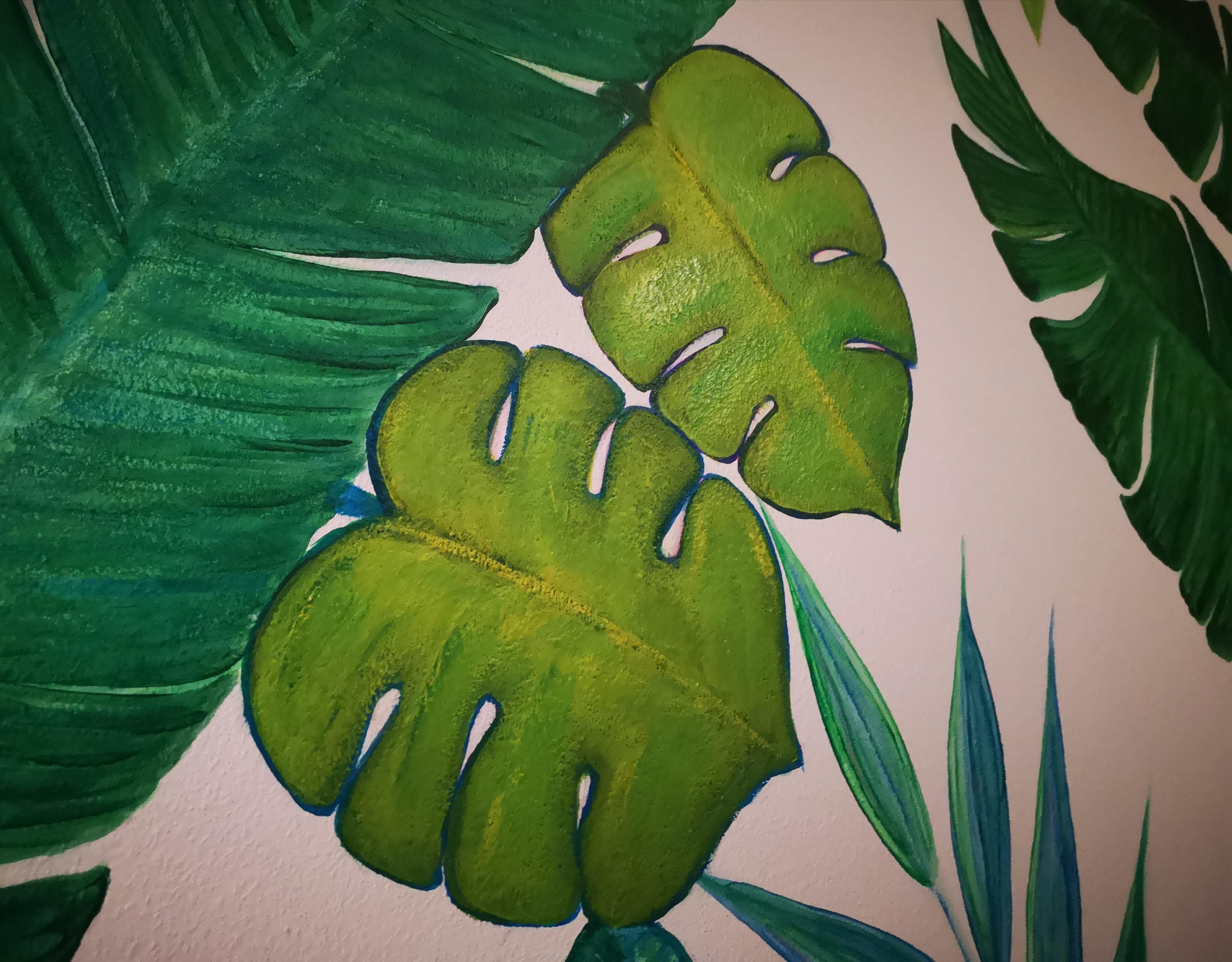 Diferentes hojas pintadas en el mural decorativo tropical pintado en la pared con pintura acrílica, por CreativeSalo (S. V. A)